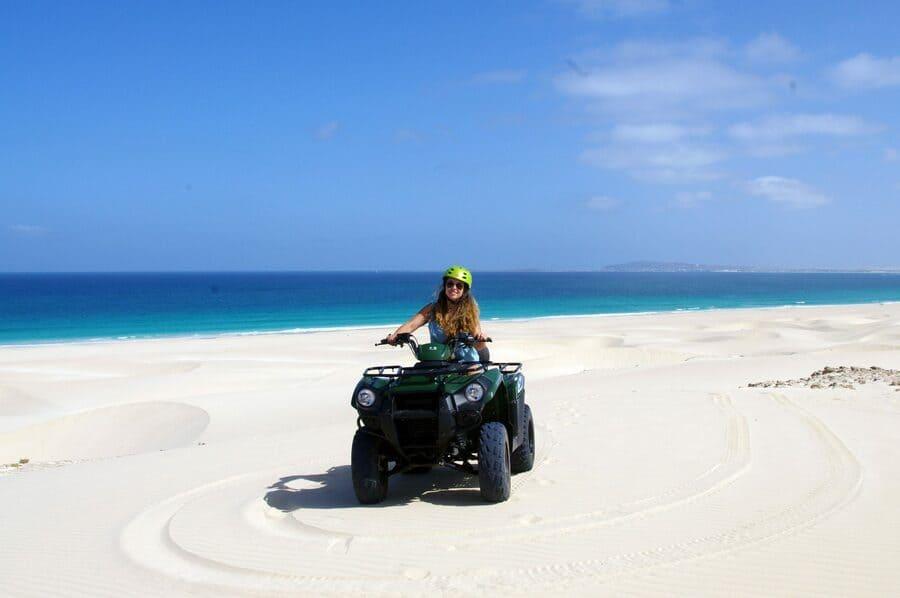 Quad en las dunas de Boa Vista, Cabo Verde