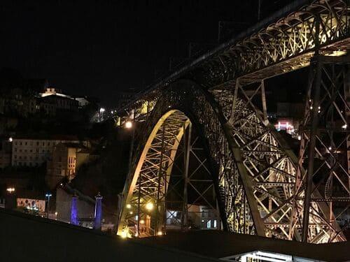 Puente Don Luis I de noche