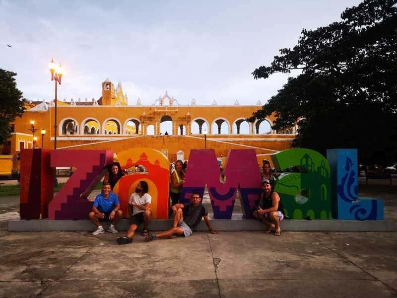 Viaje en grupo a México • Izamal